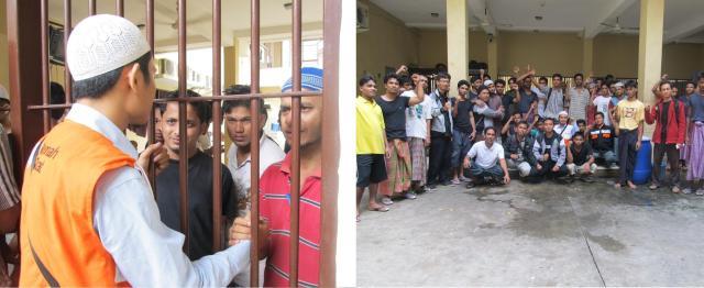 Bersama para pengungsi Muslim Rohingya