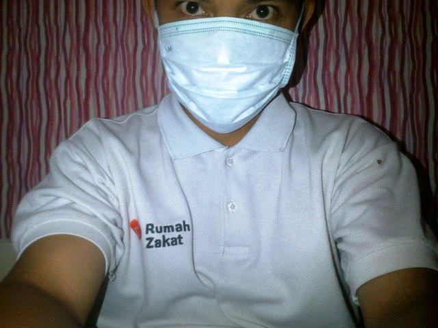 Model deperankan oleh Relawan Rumah Zakat